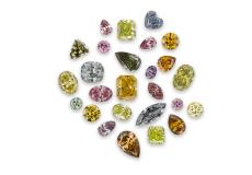 ダイヤモンドの人工的な色の処理