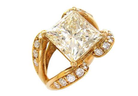 ダイヤモンドのカラーとセッティングの関係